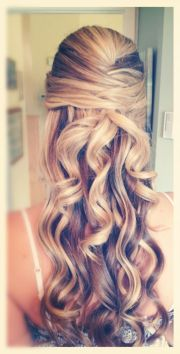 curly hairstyles military ball