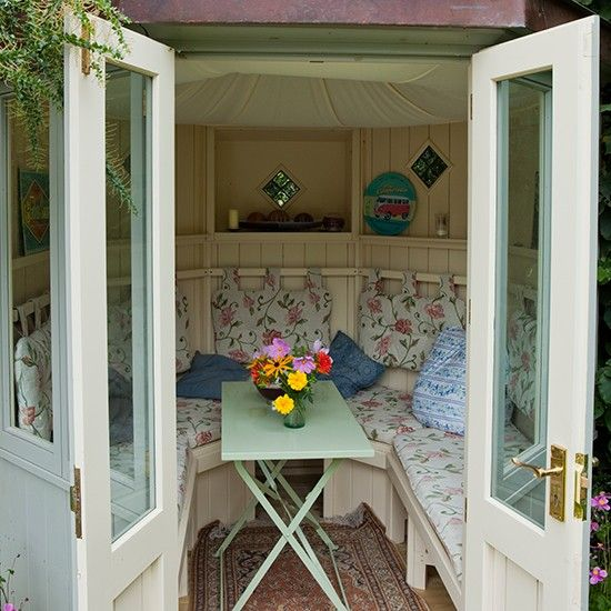 Floral Garden Summerhouse Country Garden Design Ideas Garden