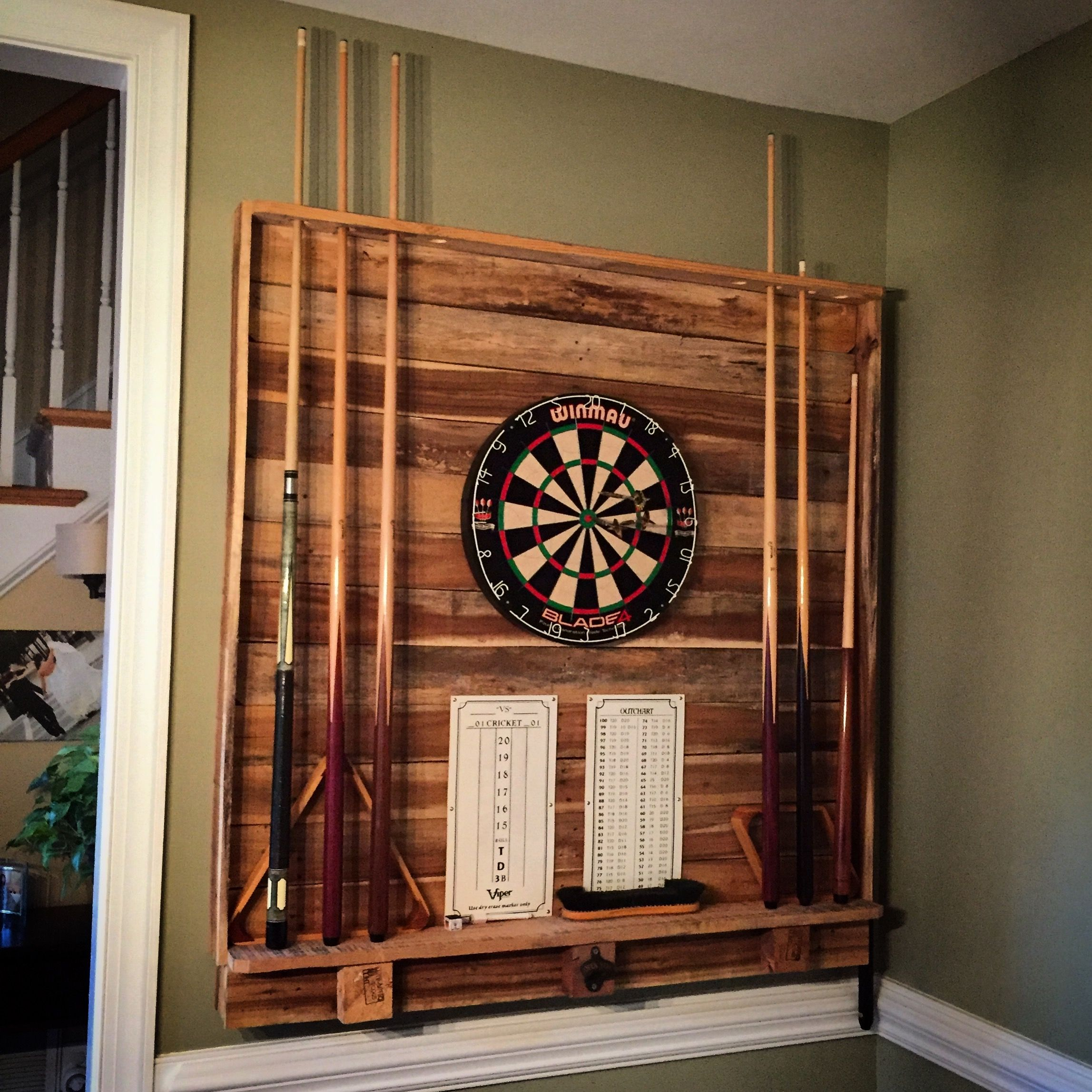 33 Man Cave Furniture Ideas