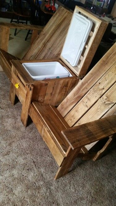 easy adirondack chair plans heavy duty commode jack and jill bench with cooler, pallet wood | furniture pinterest ...