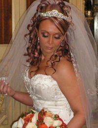 curly wedding hairstyles with tiara and veil - Wedding ...