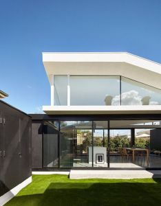 Modo michael ong design office completed the renovation of tunnel house  double fronted cottage in hawthorn australia just outside melbourne also an open and airy addition has been designed for this home rh pinterest