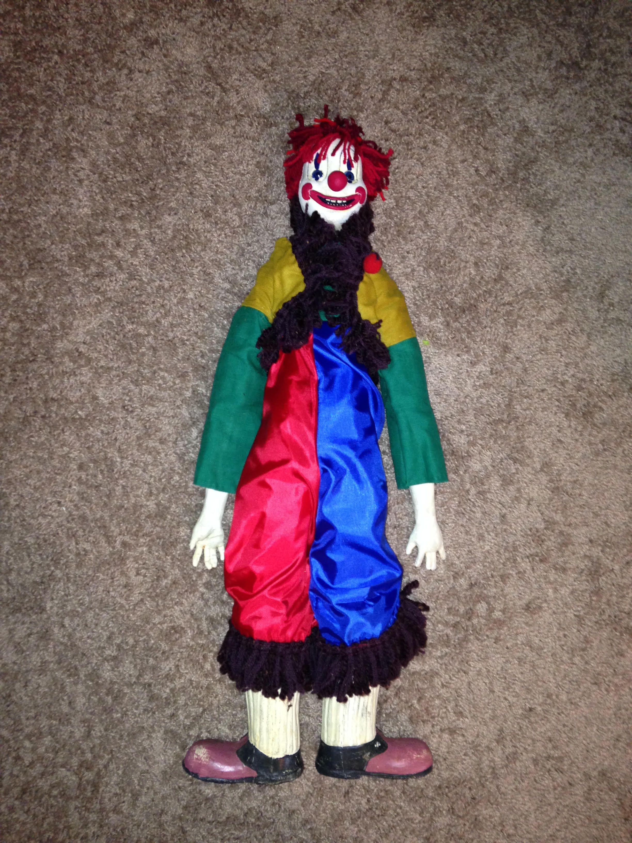Clown Creepy Poltergeist Doll