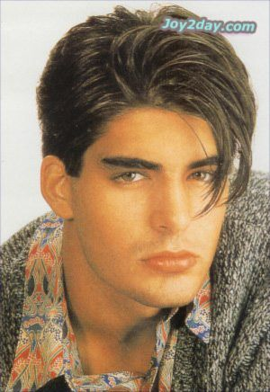 Hairstyle For Men In 1980we Love The 80s July 2011 Lfnterrk