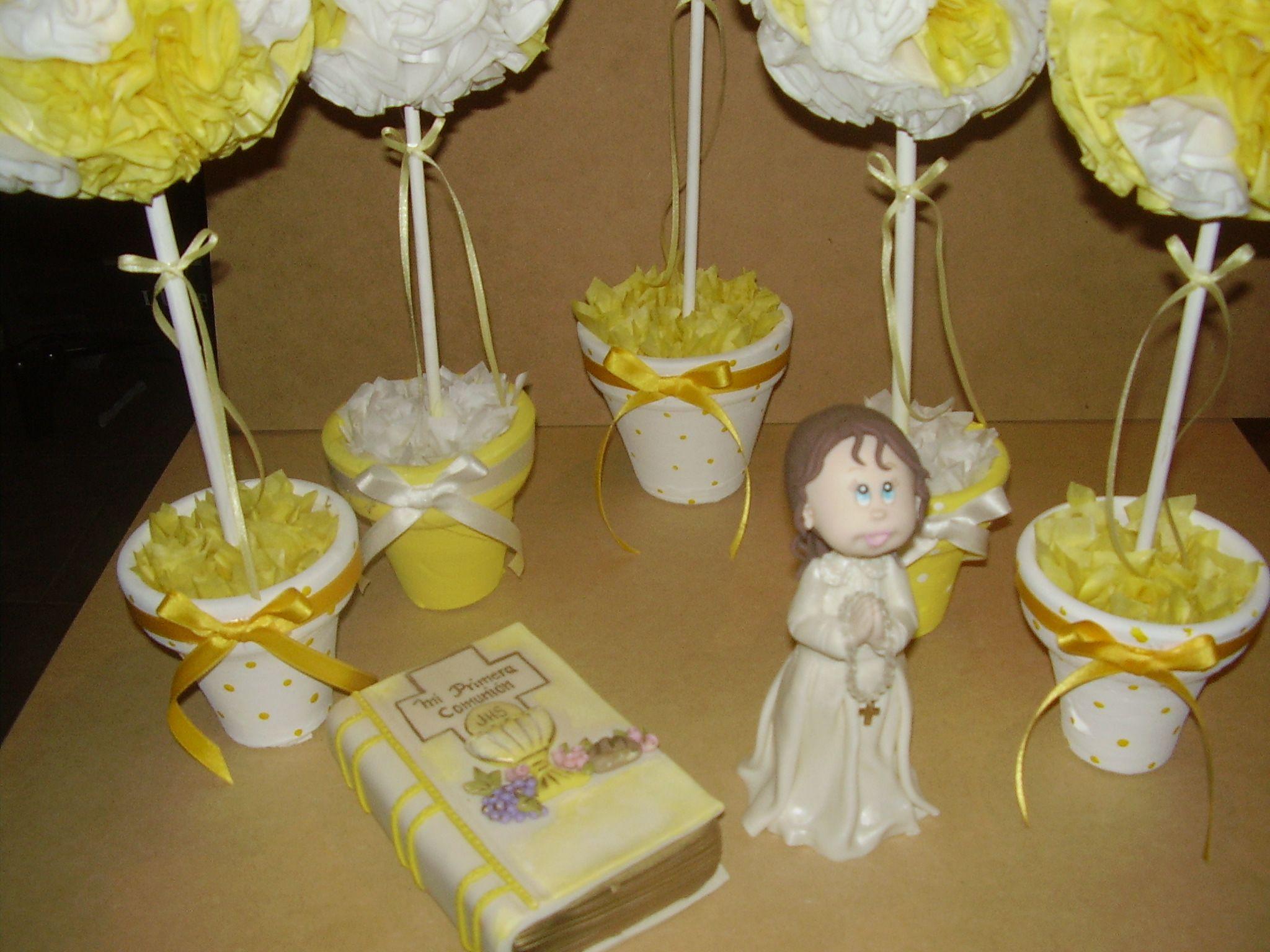 centros de mesa en papel de seda y adornos de comunin en