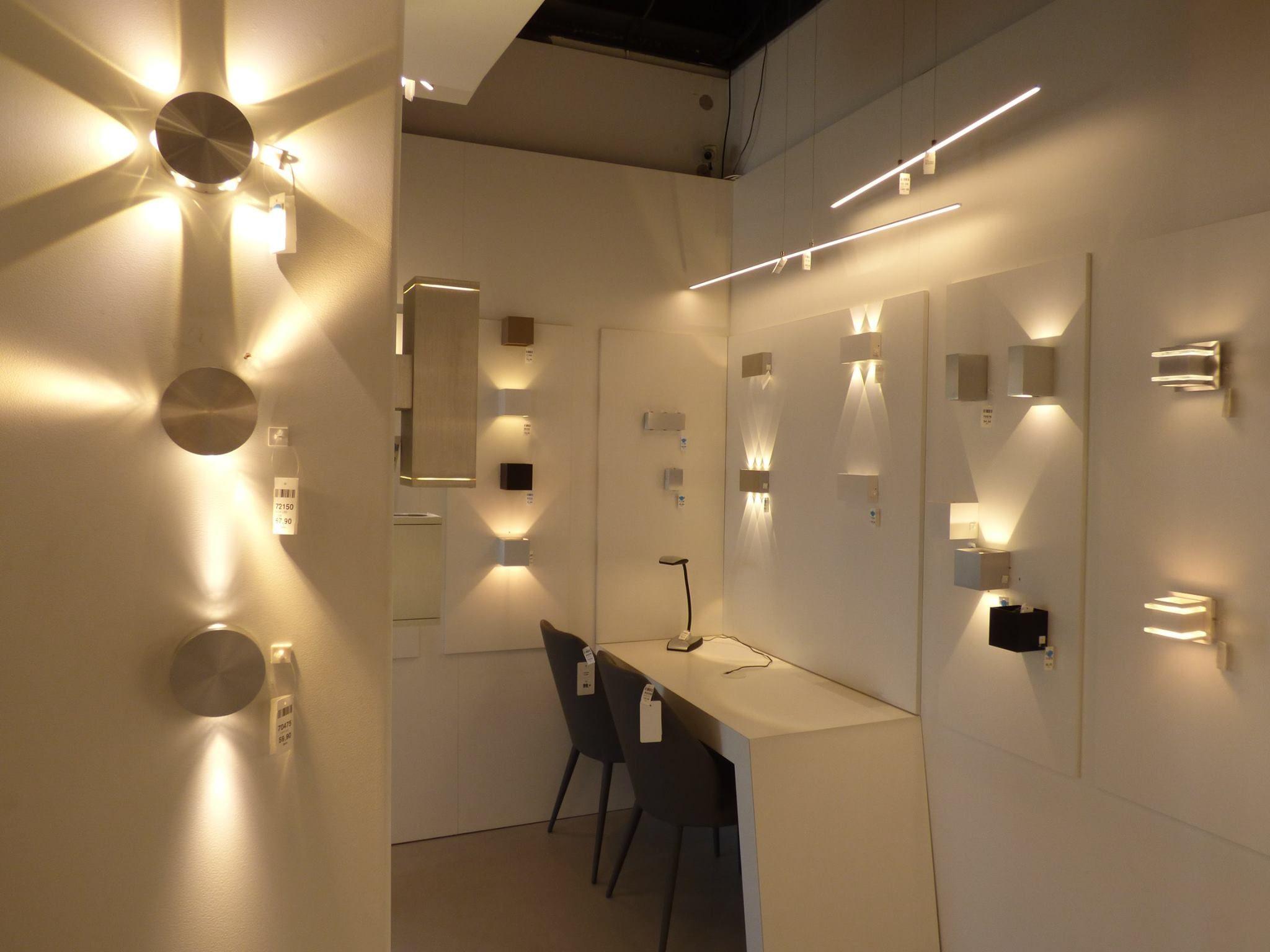 ILUMINACIN showroom tienda interior   lmparas