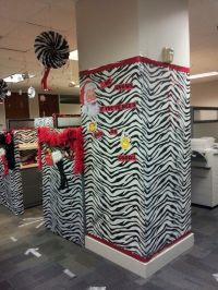 Naughty or Nice - holiday cubicle decorations! | The ...
