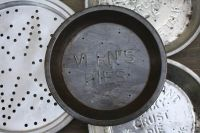 Antique Pie Plates - Antike Pie-Formen: Vern's Pies | Pies ...