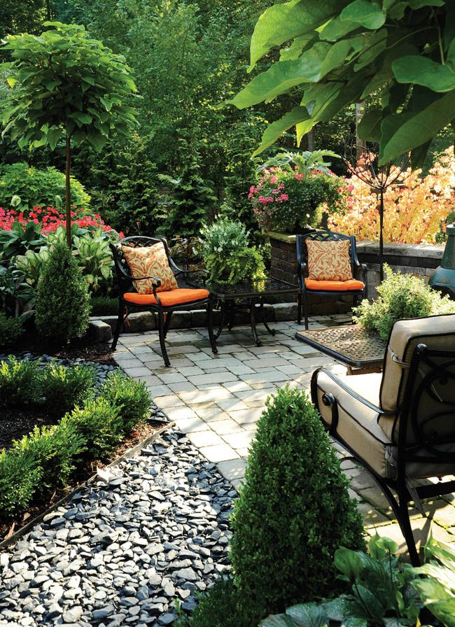 Passion Blooms In A Garden Design Gardens English <br > And Feature