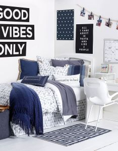 Good vibrations room cute decor ideas and use of the colors also bedrooms pinterest rh