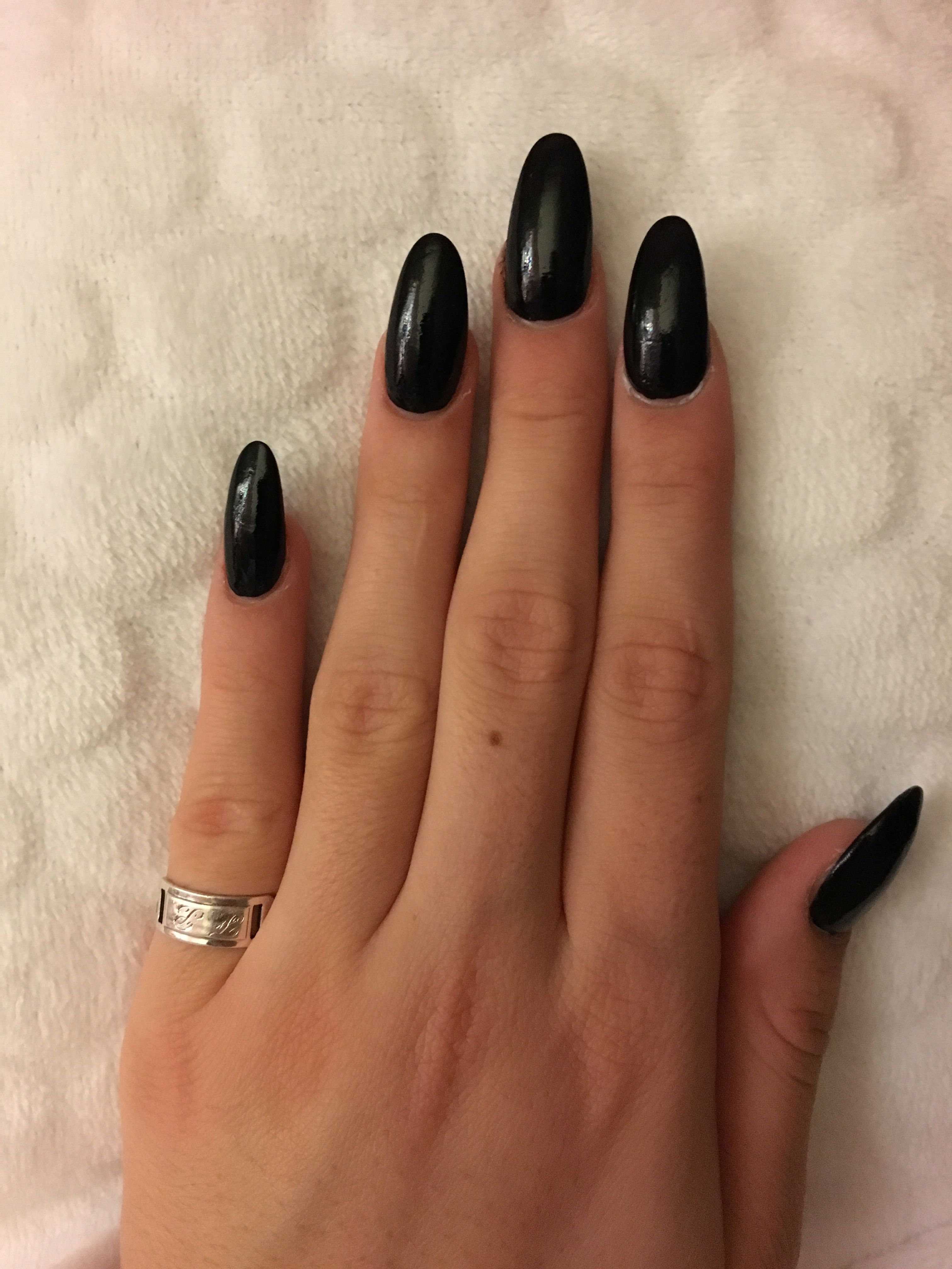 Almond Shaped Black Acrylic Nails Long Pointed