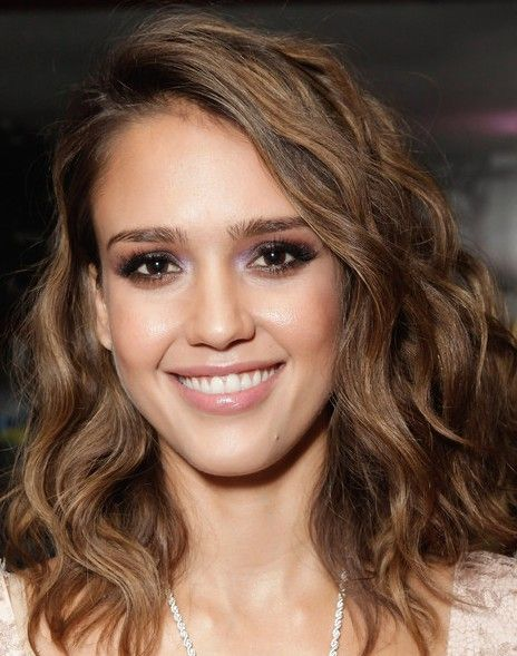 Jessica Alba Shoulder Length Wavy Hairstyle Hair & Face