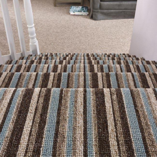 striped carpets for living