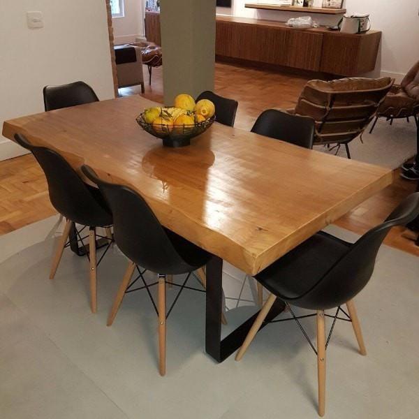 Mesa rstica ideal para a sua sala de jantar ou rea