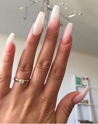 Sparkly ombre nails | Make up and nails | Pinterest ...