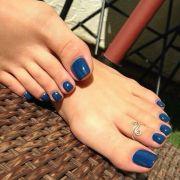 blue toenails pedicure ideas