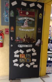 Harry Potter themed classroom door | What to teach ...