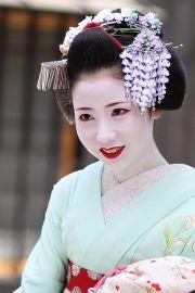 traditional geisha hairstyles