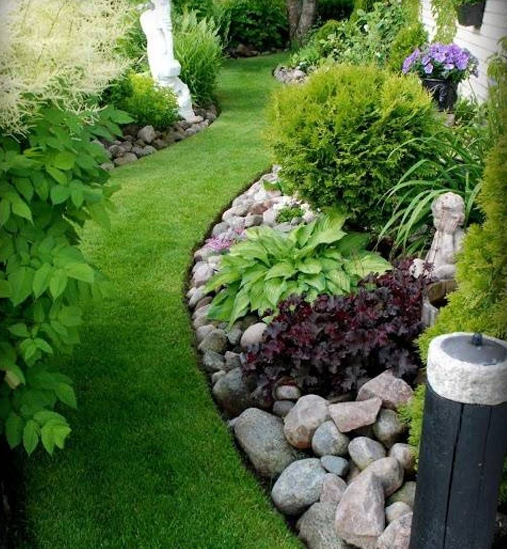 Clean Of Lawn Rock Garden Ideas With Green Grass As Entryway In