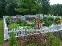 Awe-Inspiring White Picket Fence decorating ideas for ...