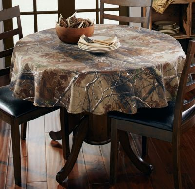 NEW Realtree AP Camo Tablecloth  56 Round