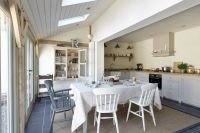 A Victorian Cottage in Pembridge | Shaker kitchen ...