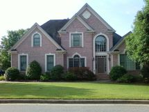 Exterior House Color with Pink Brick