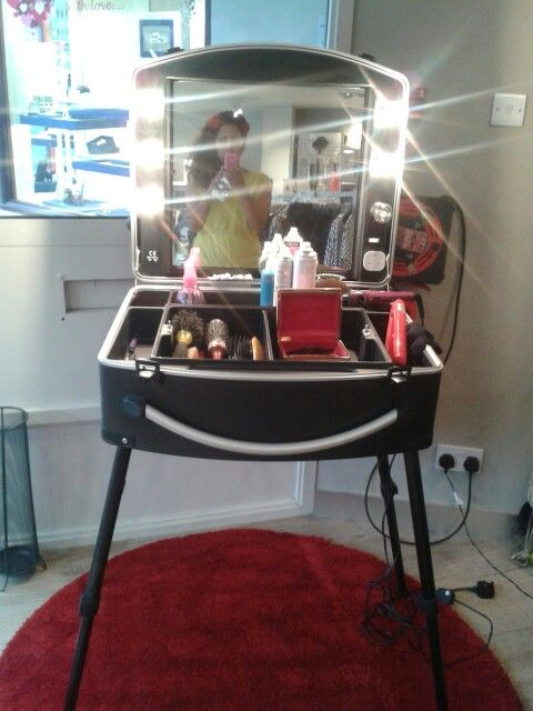 cushioned folding chairs swing chair orlando hairdressing kit mobile case | hairdresser business pinterest ...