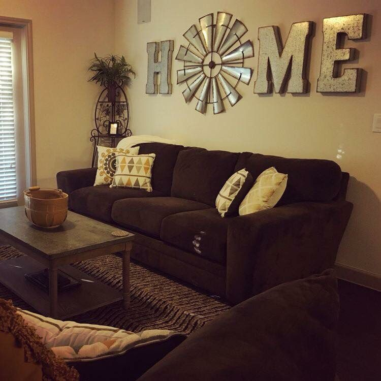 Western country living room decor