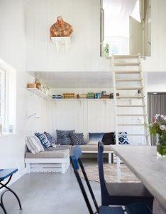 Une petite maison pour   ete en suede planete deco  homes world also rh pinterest