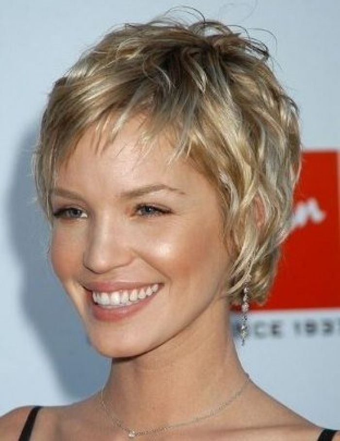 Short Hairstyles For Older Women Feathered Hairstyles Short