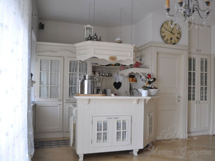 Cucina shabby chic in stile provenzale  romantico n24  Cucine  Pinterest  Gusto Shabby and