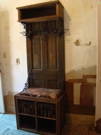 old door projects hall tree | Recycled a wooden door into ...