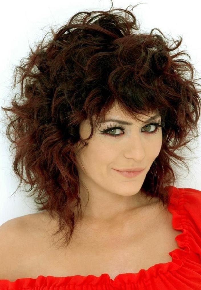 Medium Shaggy Bob Photo Medium Length Curly Hair Ideas