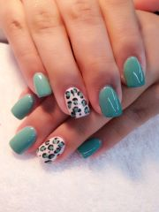 gel turquoise with animal print