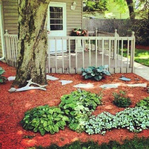 red mulch landscaping