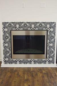 Black and white patterned ceramic tile, Merola Twenties