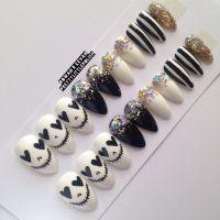 Skull & glitter stiletto nails, Nail designs, Nail art ...