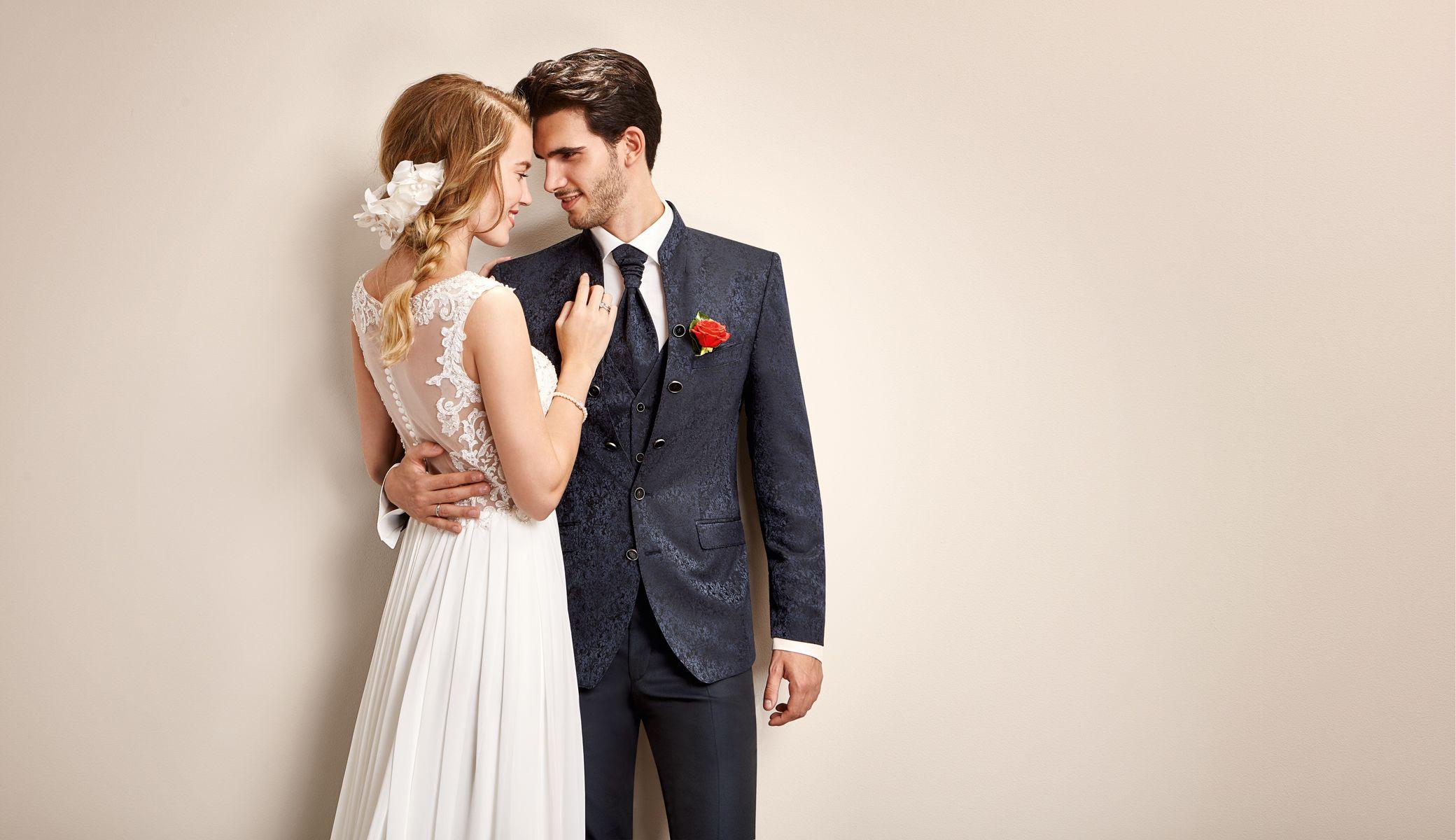 Hochzeitsanzug von Tziacco in der weddix Brutigam Mode