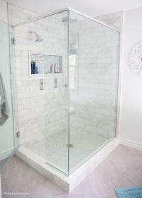 30 Popular White Herringbone Tiles Bathroom | eyagci.com