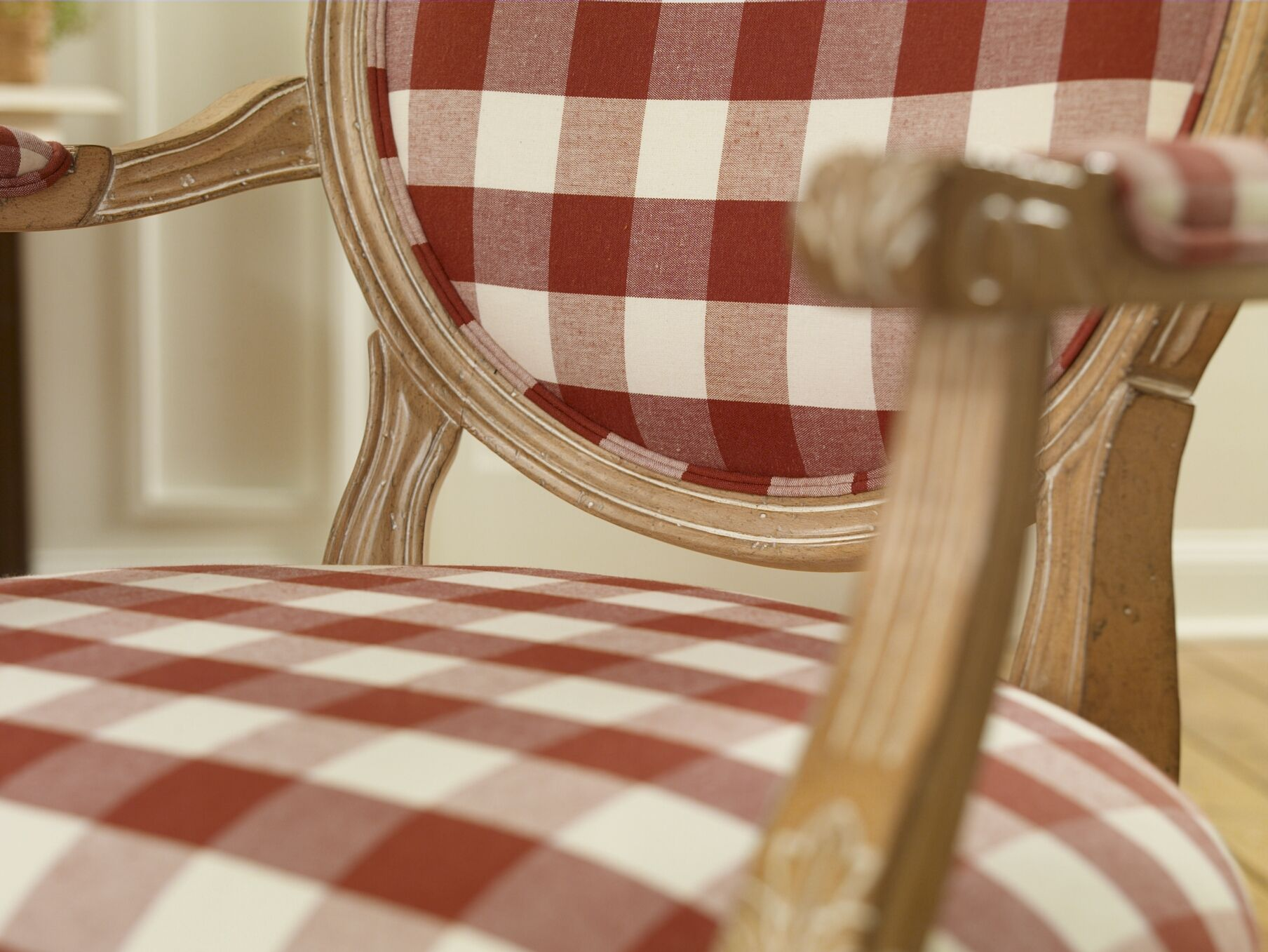gingham dining room chair covers back india cherry tablecloth plaid furniture pinterest