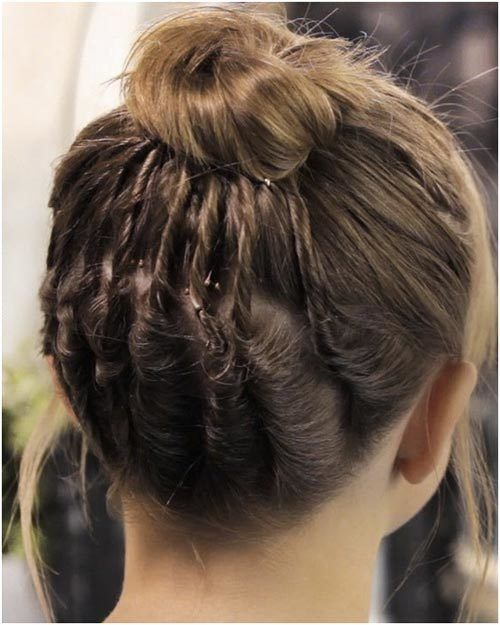 10 Buns For Those With Short Hair Hair Hairstyles And Braids