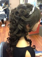 sweet 16 hairstyles with tiara