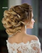 curly wedding hairstyles medium