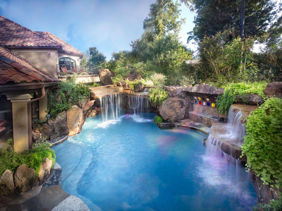 Beautiful backyard. This pool is amazing! www