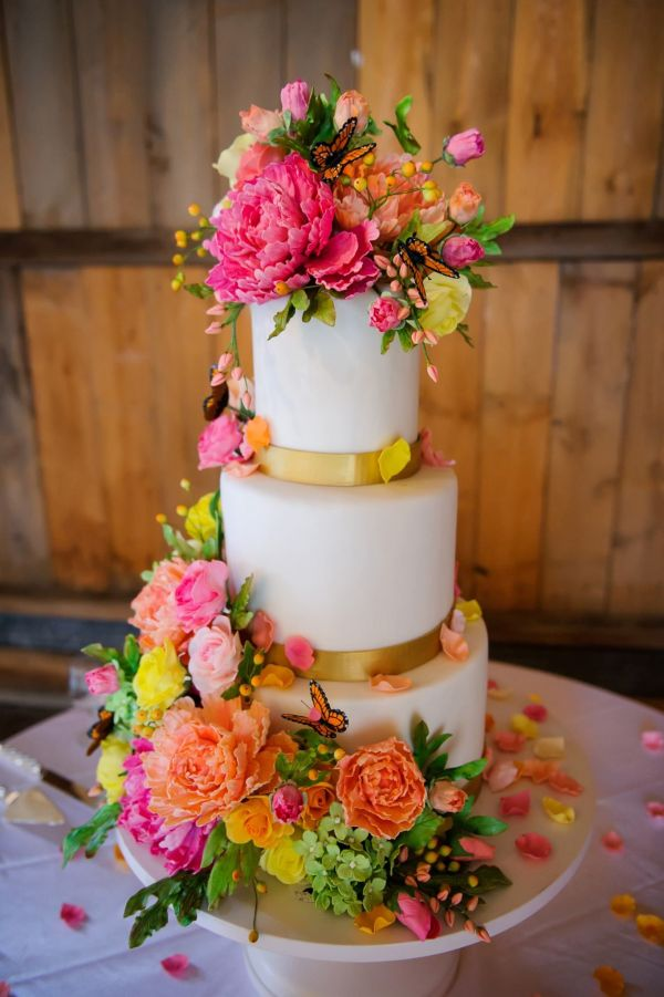 Sugar Flowers On Wedding Cake