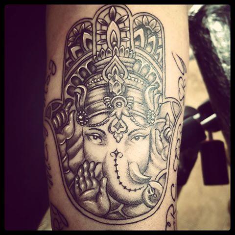 20 Ganesh Fatima Hand Tattoo Ideas And Designs