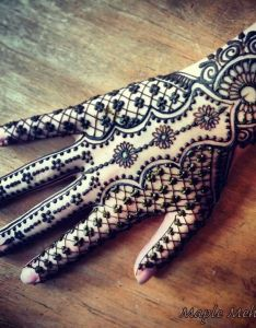 Maple mehendi henna patterns handhenna hand designsarabic also hina pinterest mehndi and hennas rh