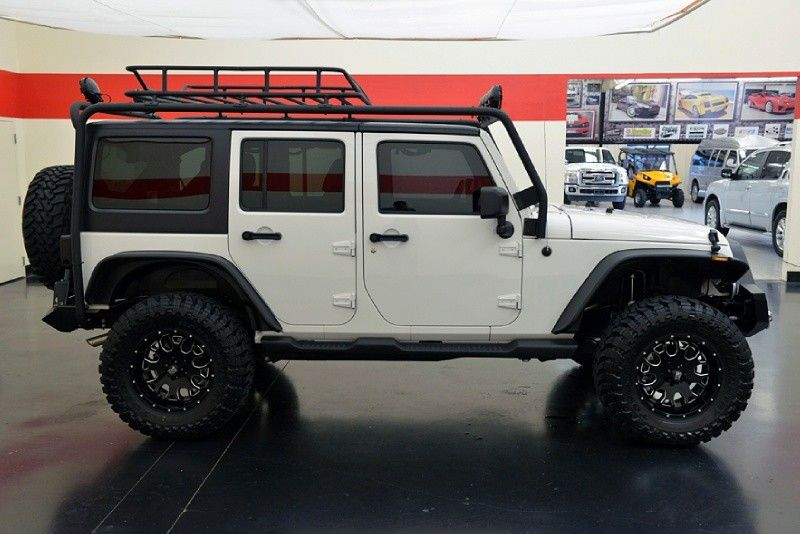 Little Jeep Wrangler Unlimited Roof Rack Thule Contains On