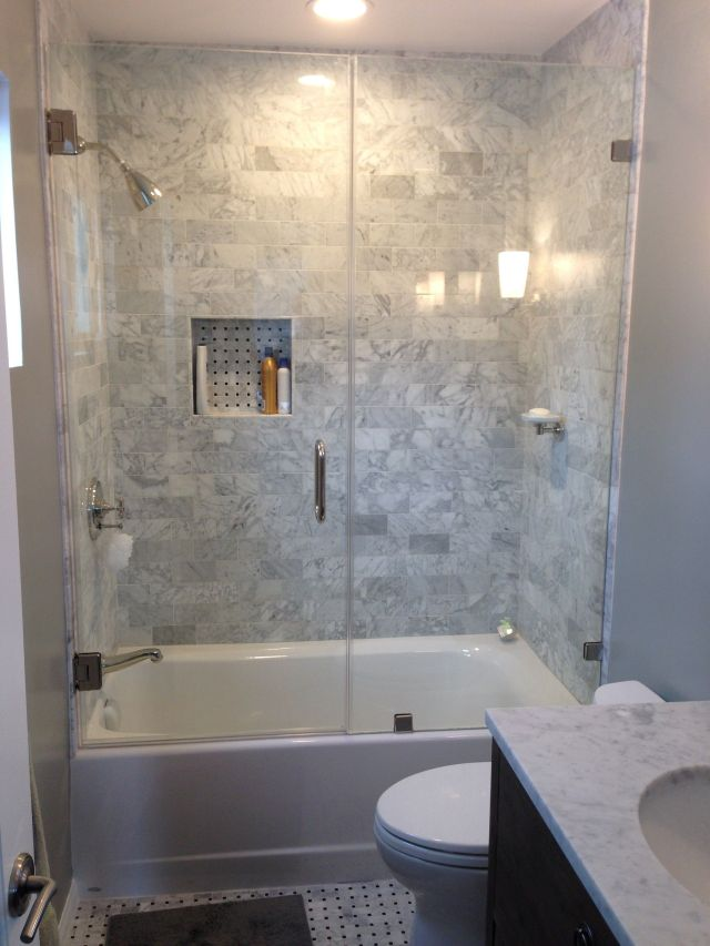 Small bathroom ideas with tub to create a captivating bathroom